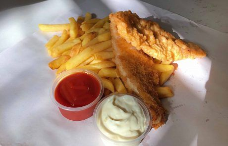 Fish and chips en master seafood en Christchurch